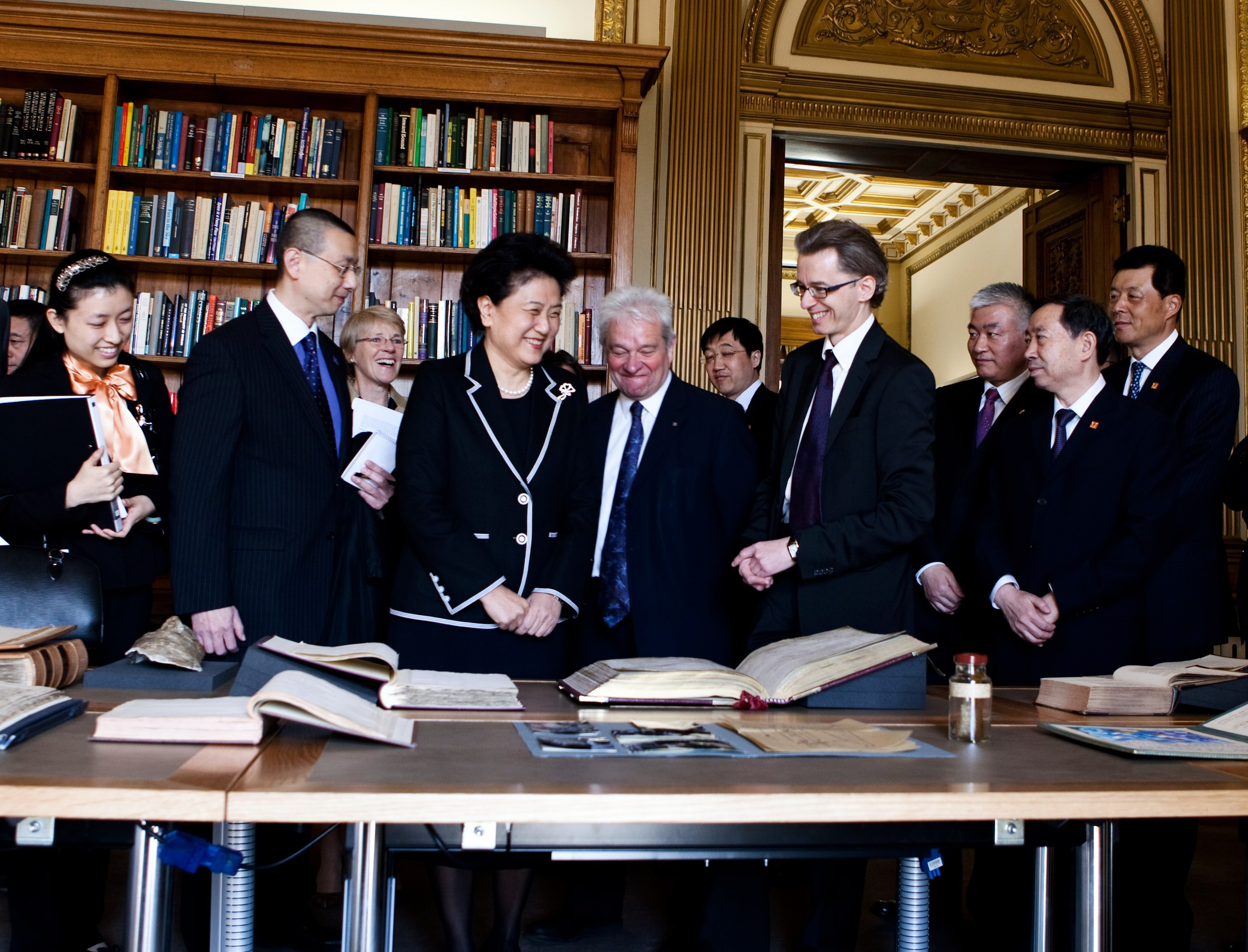 Liu Yandong visits the Royal Society in 2013