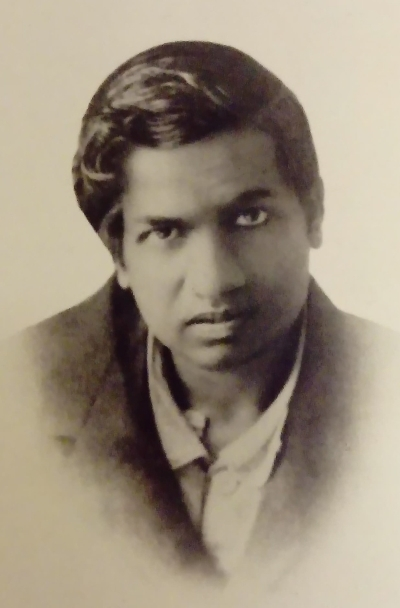 Passport photograph of Srinivasa Ramanujan