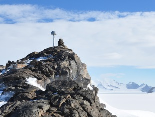 A Global Positioning System (GPS) deployed in remote West Antarctica for the purpose of measuring the motion of its bedrock. The bedrock is responding to past and present changes in the weight of ice upon it. Credit: Matt Burke