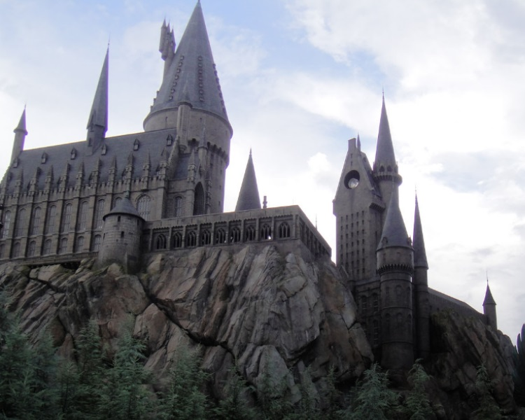 Wizarding World of Harry Potter - Hogwarts