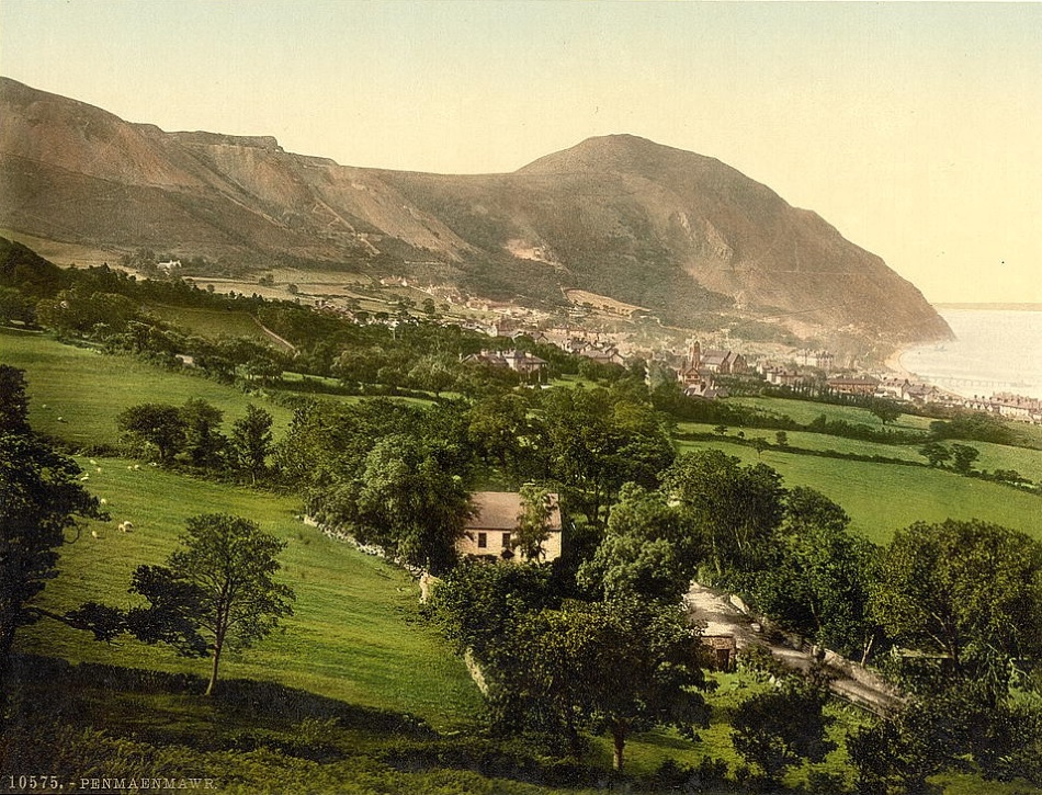 Penmaenmawr Museum: Photomechanical print of Penmaenwawr at the turn of the 20th Century