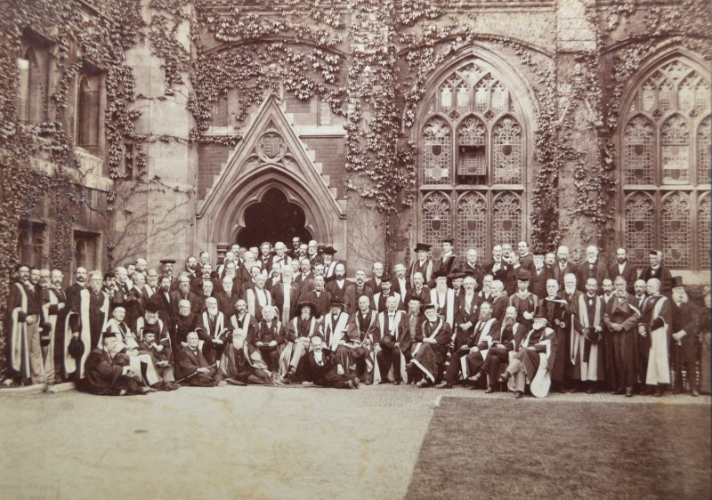 Group photograph of the 1899 Stokes Jubilee meeting taken at Pembroke College, Cambridge