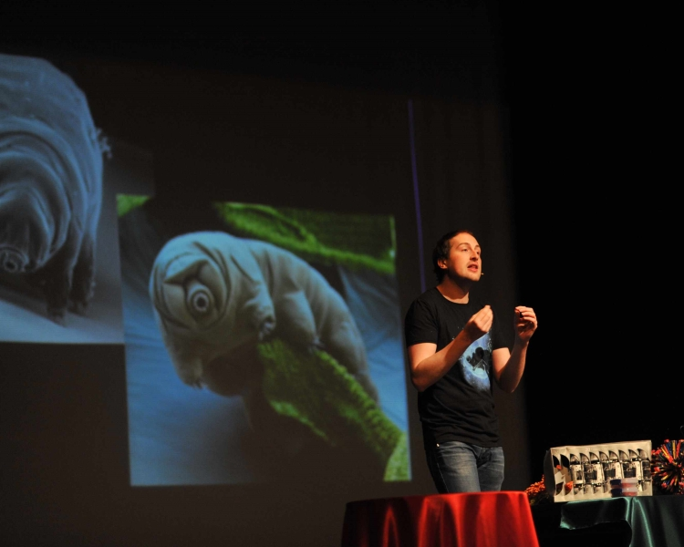 Speaker Dr Jamie Gallagher presenting on the micro-animals, Tardigrades.Credit: Jamie Gallagher