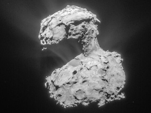Comet 67P/Churyumov-Gerasimenko, taken by the Rosetta navigation camera. Image credit: ESA/Rosetta/NAVCAM